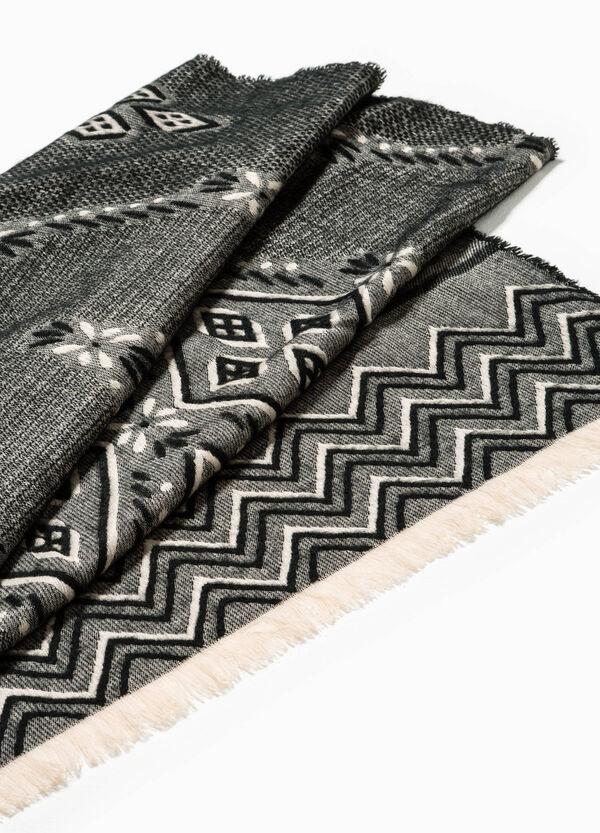 Bufanda en punto tricot con fantasía geométrica | OVS