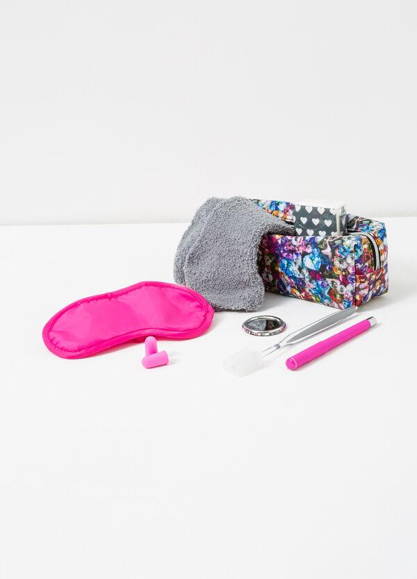 Travel kit with bag   OVS