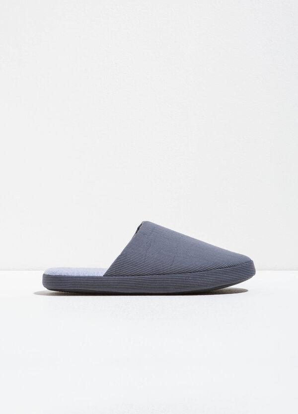 Pantofole fantasia a righe | OVS
