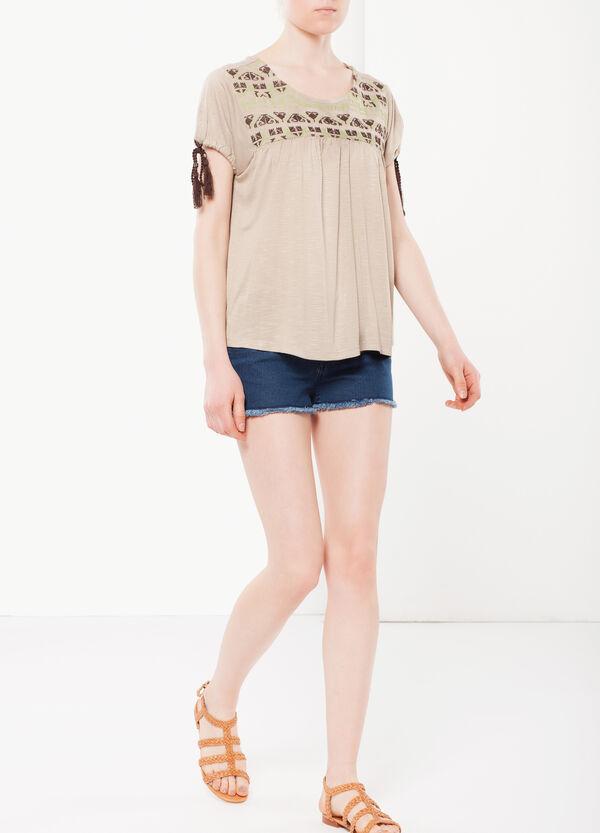 T-shirt con nappine | OVS