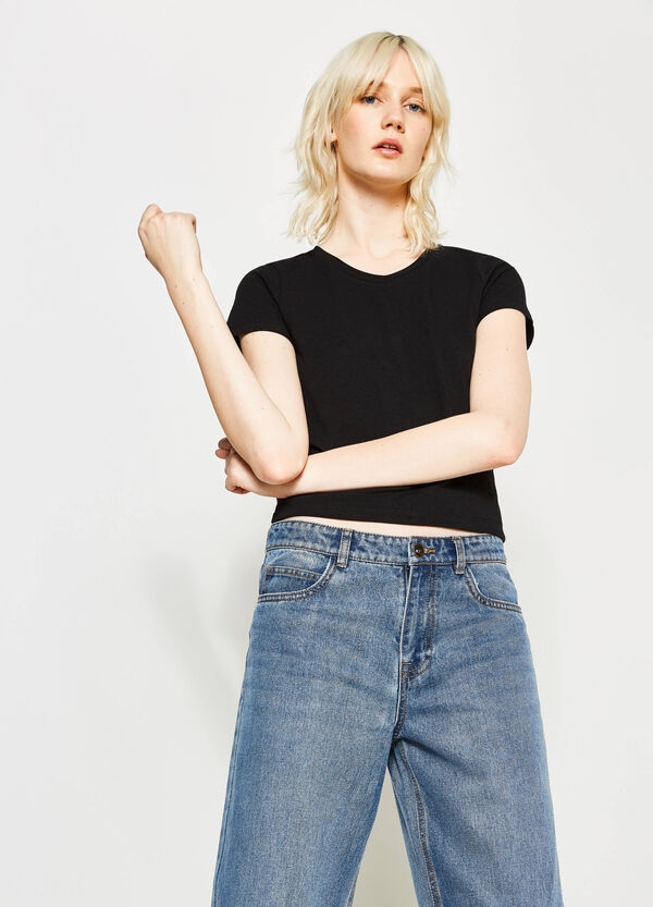 V-neck stretch crop T-shirt | OVS