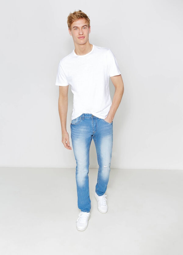 Slim-fit worn-effect jeans with whiskering | OVS