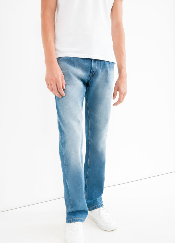 Comfort fit jeans, with worn effect and whiskering | OVS