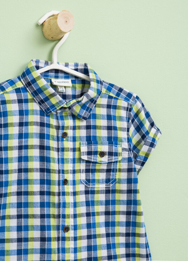 Short-sleeved shirt with check pattern | OVS