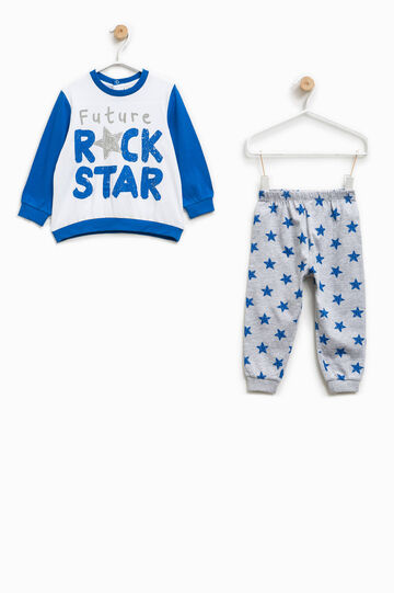 Pyjamas with print and stars pattern