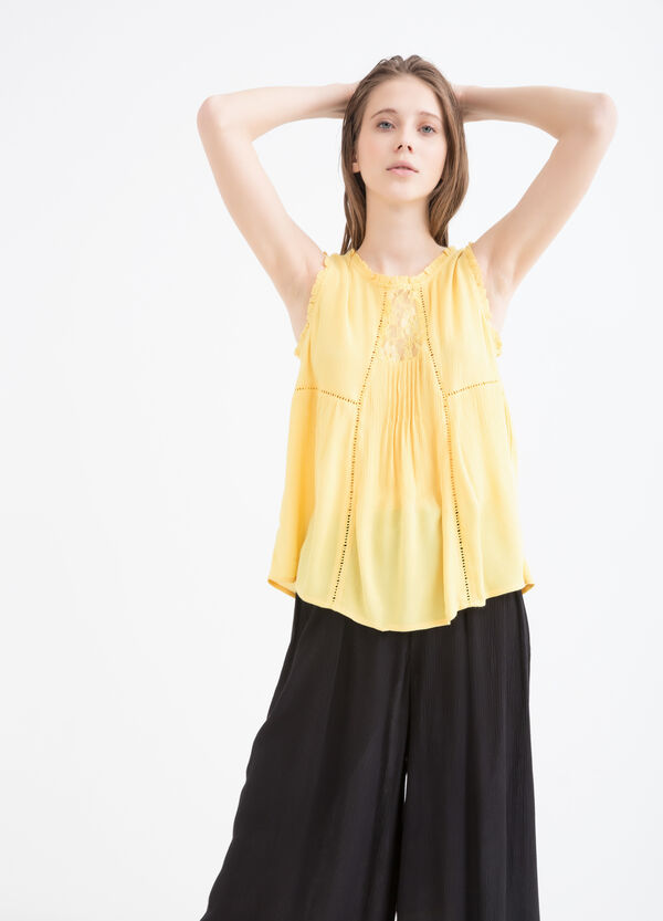 Sleeveless blouse in 100% viscose | OVS