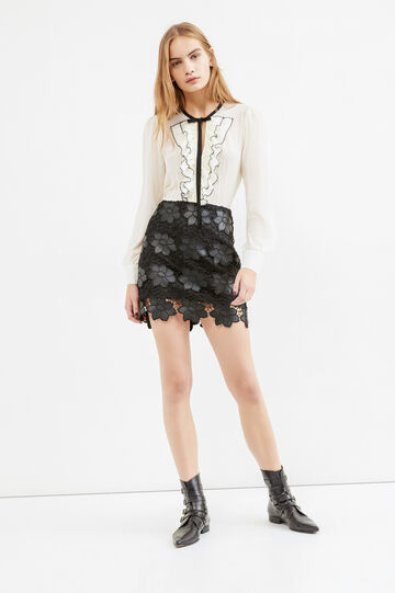High-waisted short skirt with lace, Black, hi-res