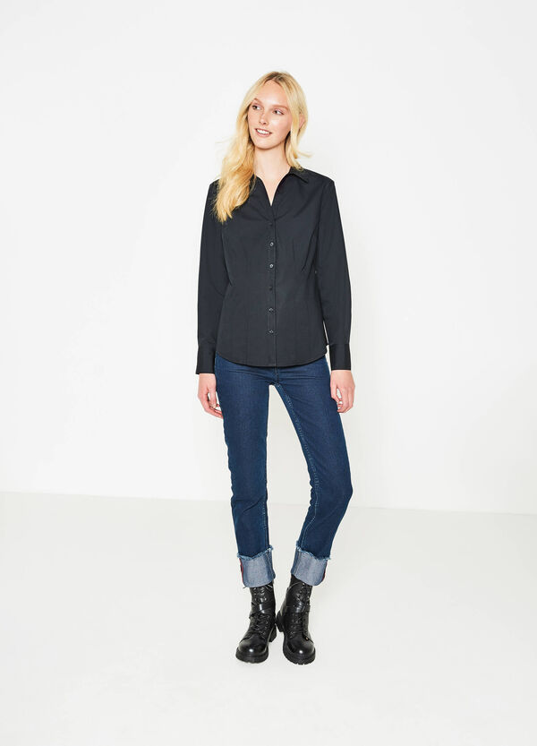 V-neck shirt with rounded hem | OVS