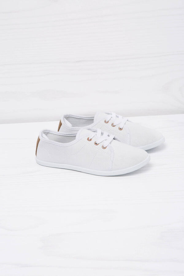Low sneakers with laces | OVS