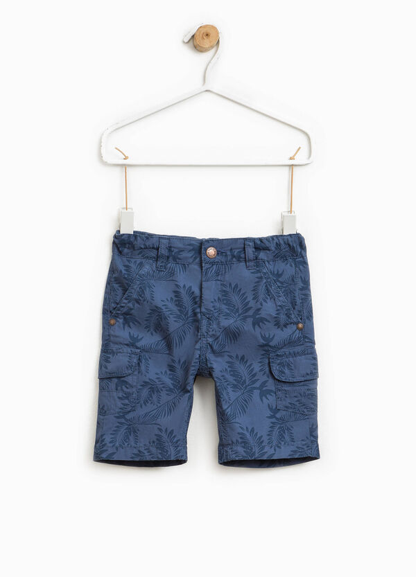Patterned cargo Bermuda shorts | OVS