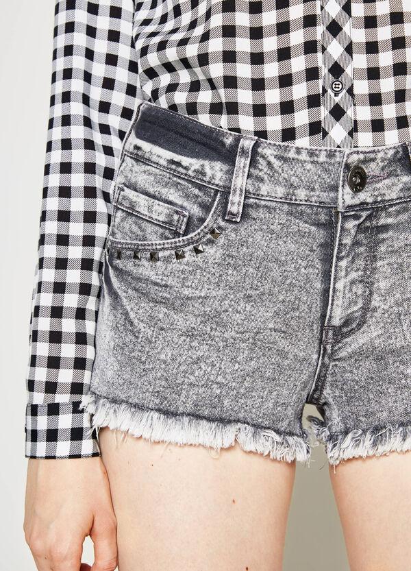 Regular-fit denim shorts with studs | OVS