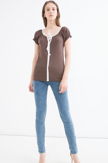 100% cotton T-shirt with laces