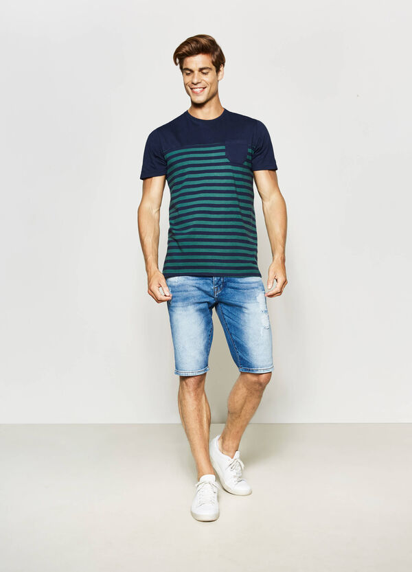 Straight-fit worn-effect Bermuda shorts | OVS