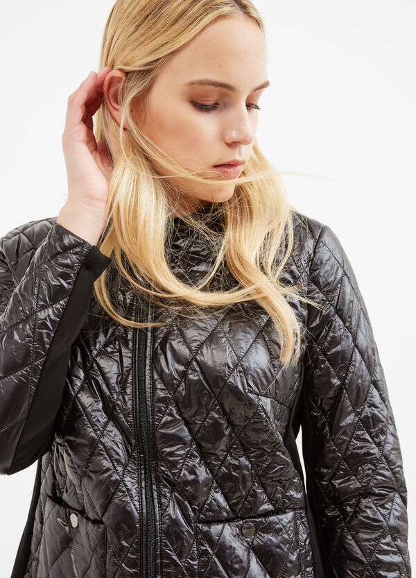 Curvy lightweight down jacket with diamond-shaped quilting | OVS