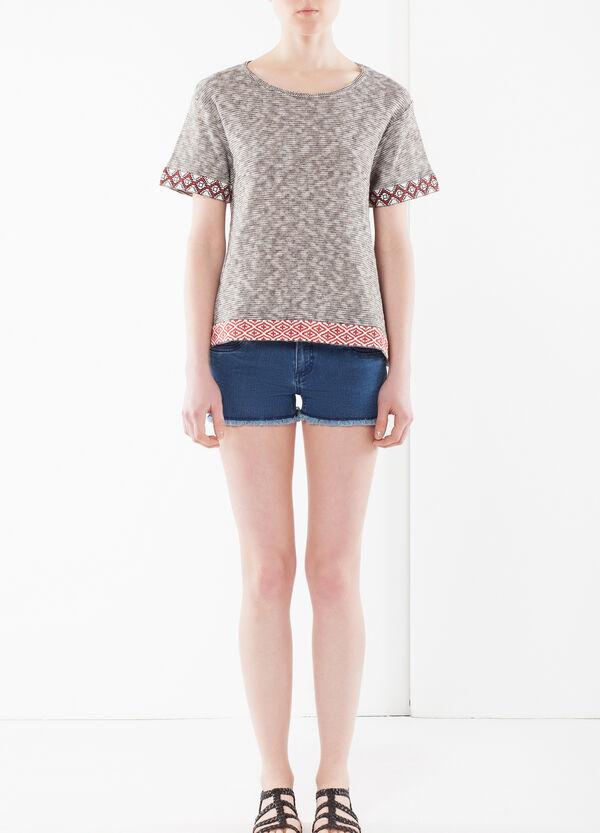 T-shirt con bande geometriche | OVS