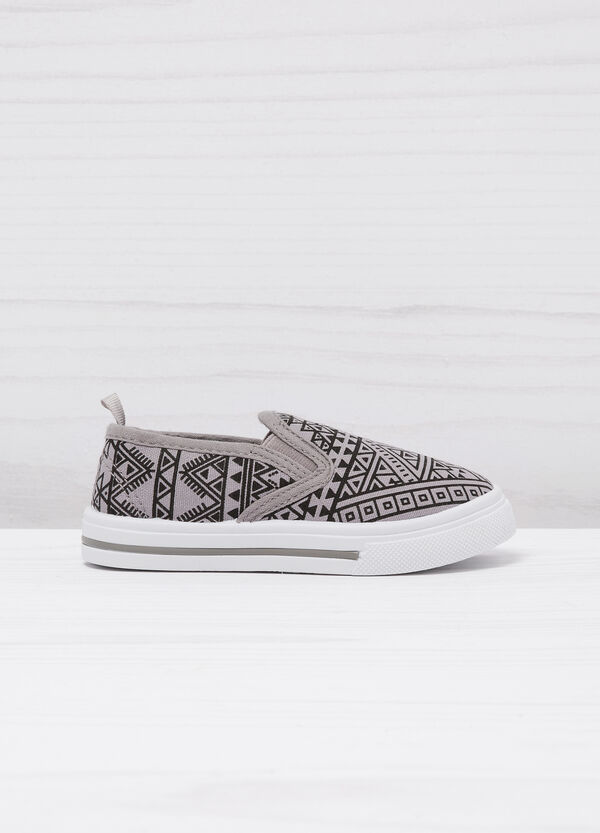Slip-on fantasia geometrica | OVS