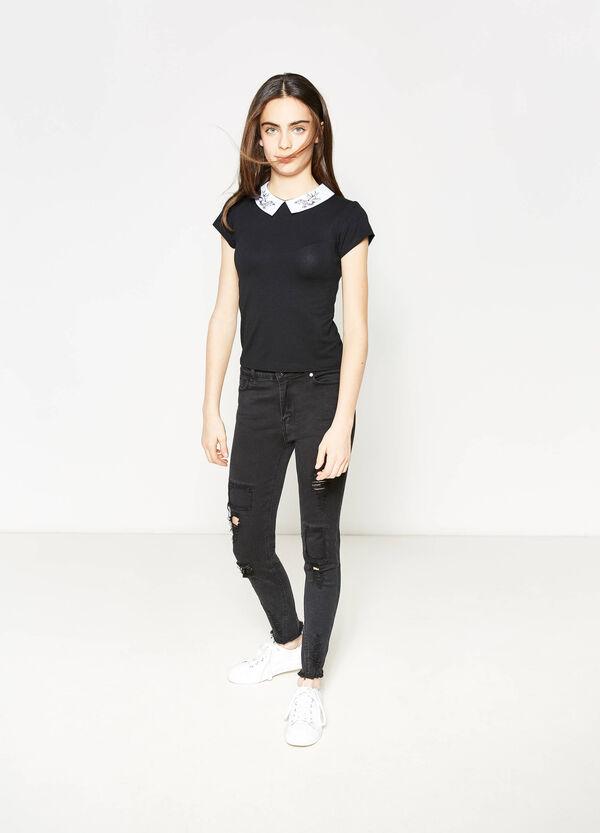 Camiseta elástica con cuello bordado Teen | OVS