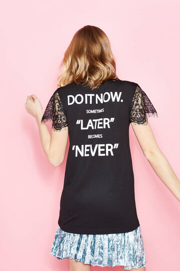 T-shirt in cotton with print and lace