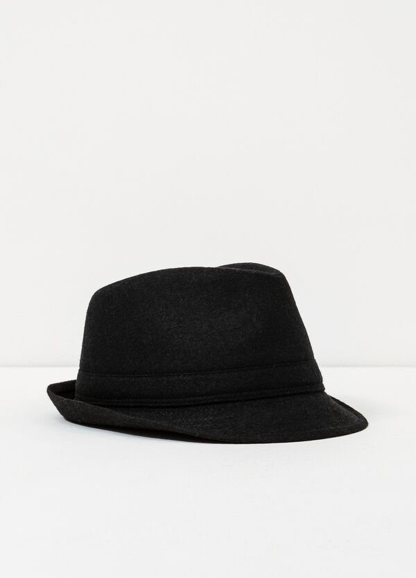Solid colour hat | OVS
