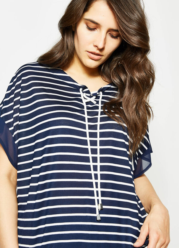 T-shirt in viscosa stretch a righe Curvy | OVS
