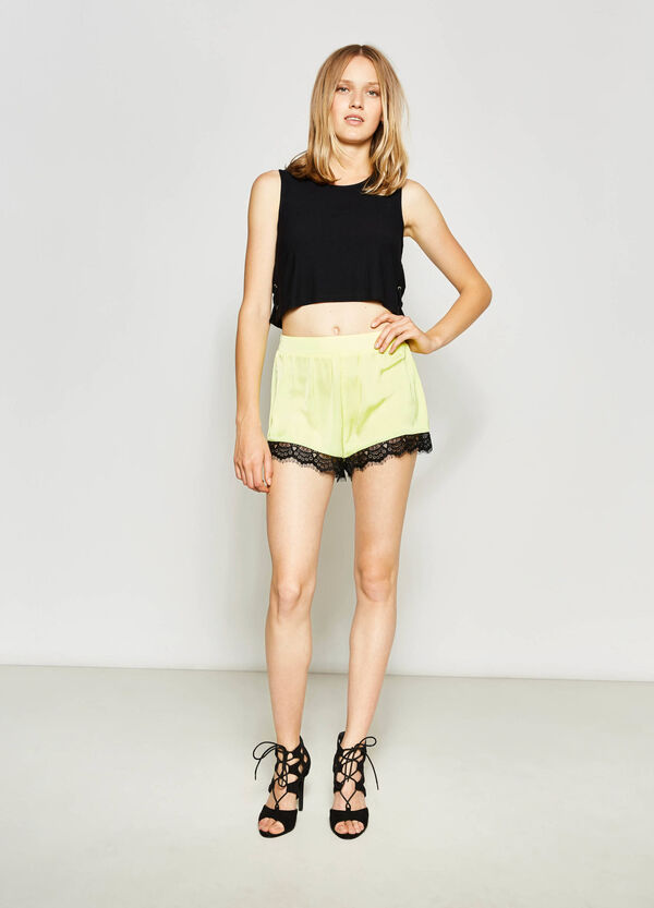 Shorts con pizzo all'orlo | OVS