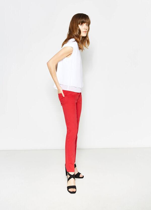 Pantalón en sarga de algodón y modal | OVS