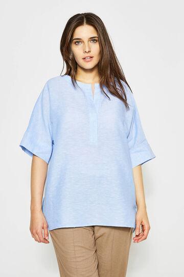 Curvy V-neck linen blouse