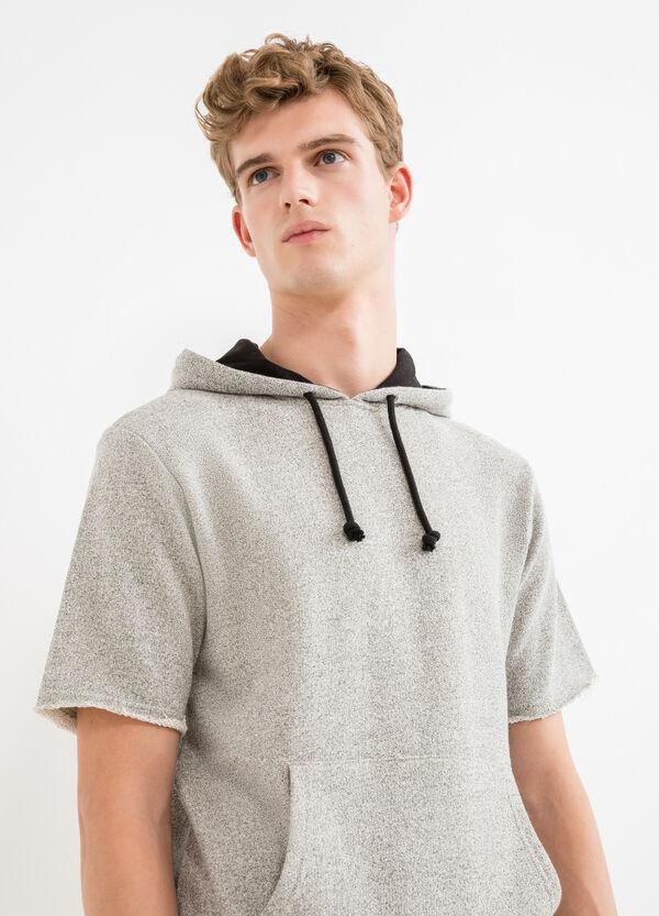 Short sleeved sweatshirt with hood | OVS