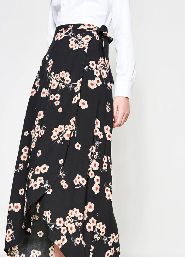 Longuette skirt with crossover front   OVS