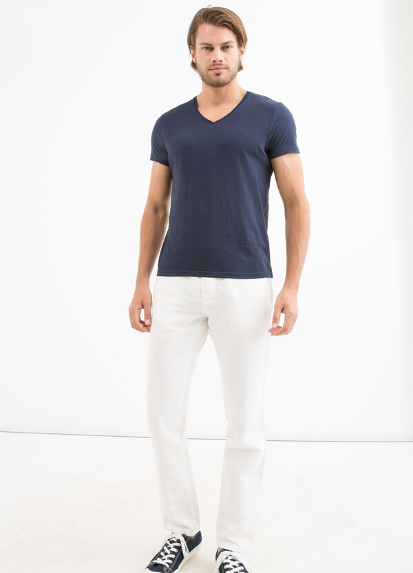 Regular-fit chino trousers in cotton linen | OVS
