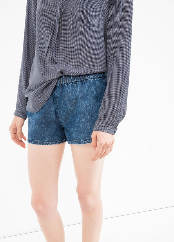 Regular fit denim shorts with misdyed-effect | OVS