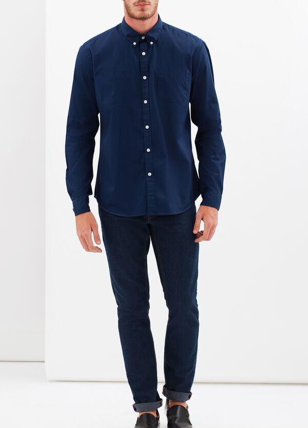 Camicia slim fit con colletto button down | OVS