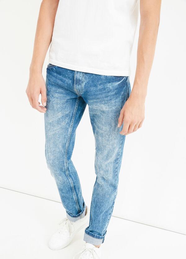 Jeans straight fit effetto maltinto | OVS