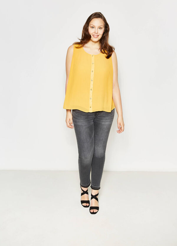 Curvy sleeveless pleated blouse | OVS