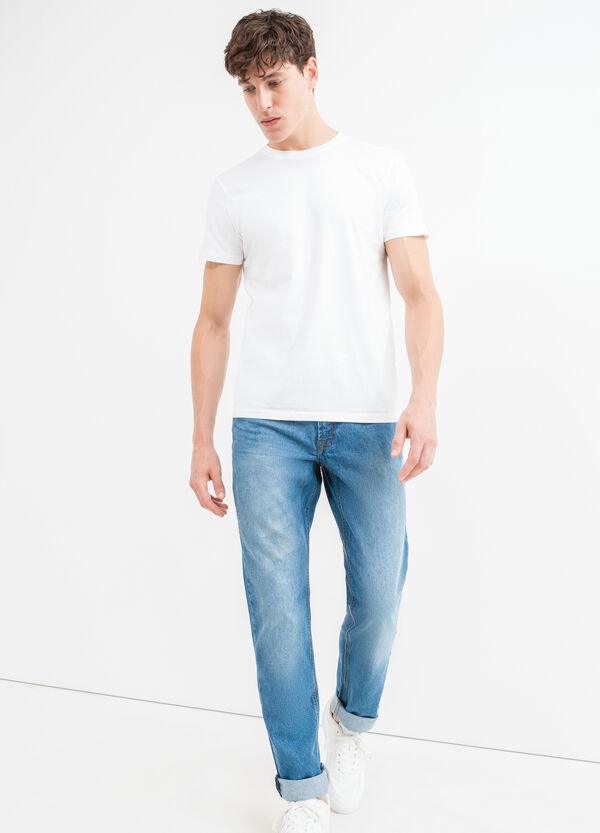 Worn-effect, straight fit jeans with whiskering | OVS