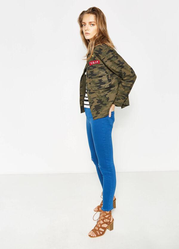 Pantaloni in cotone stretch con strappi | OVS