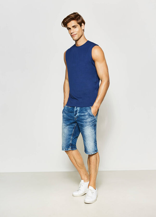 Slim-fit mis-dyed denim Bermuda shorts | OVS