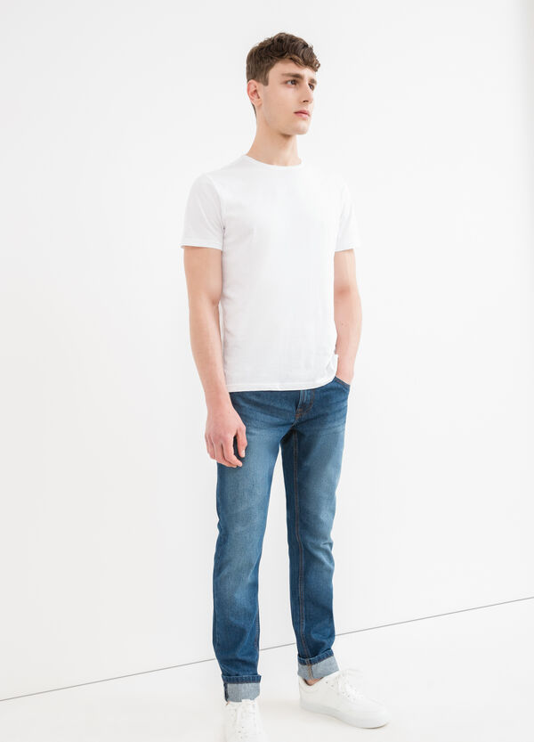 Worn-effect, straight-fit jeans with turn-ups | OVS