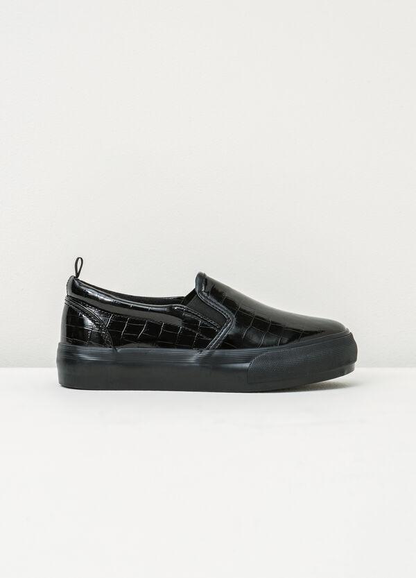Zapatos sin cierre brillantes con diseño de cocodrilo   OVS