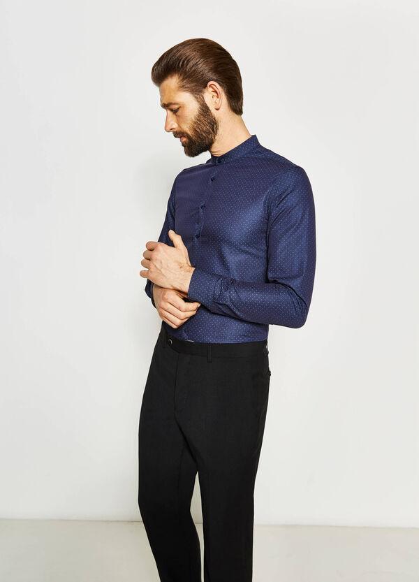 Camisa formal custom fit de lunares | OVS
