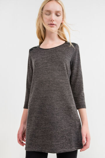 Long solid colour stretch T-shirt, Black/Grey, hi-res