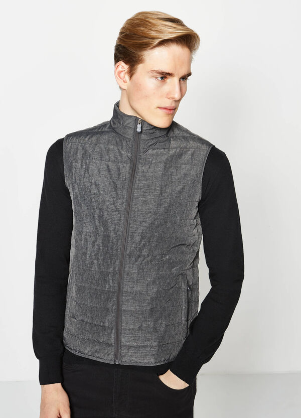 Padded waistcoat with contrasting zip | OVS