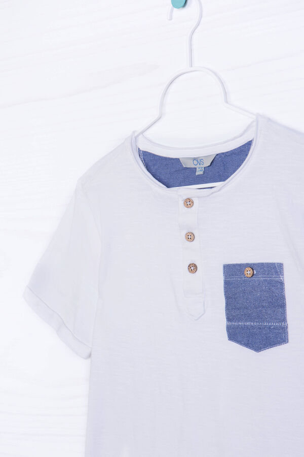 Cotton T-shirt with buttons and pocket | OVS