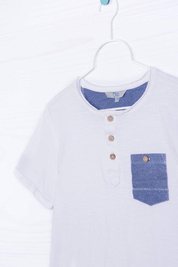 T-shirt cotone bottoni e taschino | OVS