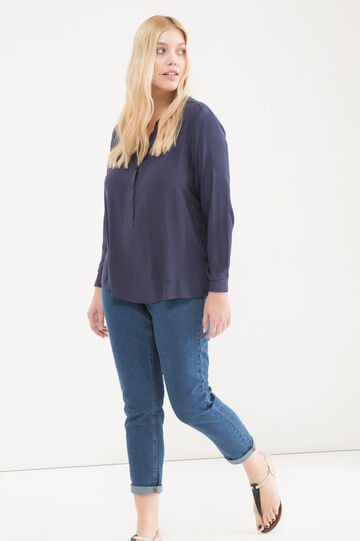 Curvy blouse in viscose blend