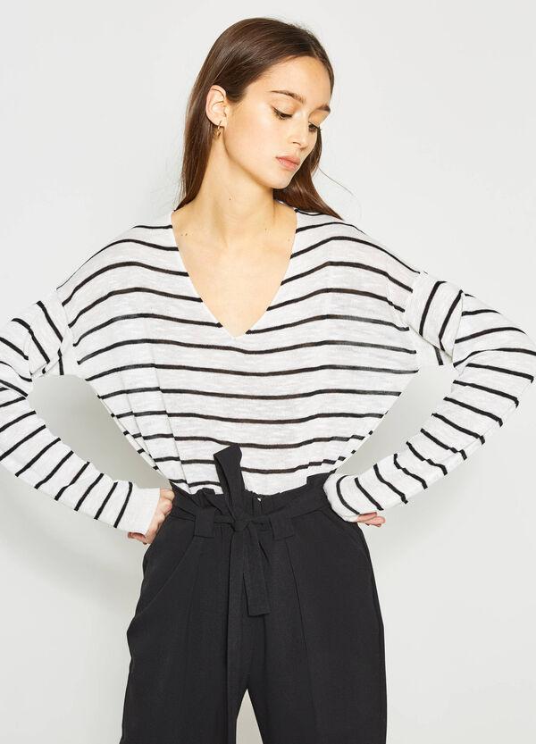 V-neck knitted pullover | OVS