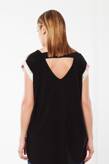 Curvy T-shirt with open back, Multicolour, hi-res