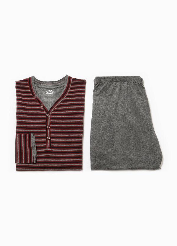 Pijama de rayas en algodón 100% con cuello de pico | OVS