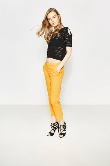 Crop trousers with folded waist