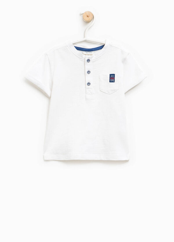 T-shirt with round neck, buttons and pocket | OVS